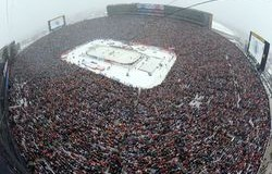 Новость на Newsland: В США состоялся рекордный по посещаемости хоккейный матч