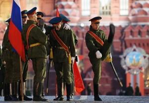 MOSCOW, RUSSIA. APRIL 29, 2015. Military officers seen in Moscow's Red Square during a night rehearsal of the May 9 Victory Day military parade. Sergei Fadeichev/TASS Ðîññèÿ. Ìîñêâà. 29 àïðåëÿ 2015. Âîåííîñëóæàùèå âî âðåìÿ ðåïåòèöèè ïàðàäà íà Êðàñíîé ïëîùàäè â ÷åñòü 70-ëåòèÿ Ïîáåäû â Âåëèêîé Îòå÷åñòâåííîé âîéíå. Ñåðãåé Ôàäåè÷åâ/ÒÀÑÑ